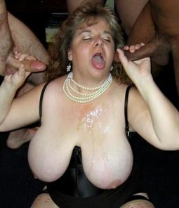Homemade porno where a mature woman..