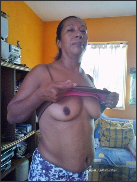 Slutty mom naked