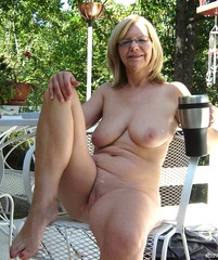 daniels-nude-fully-nude-grandmothers-nude